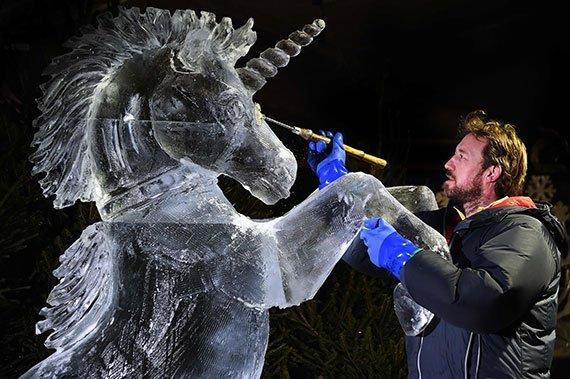 La helada escultura de Darren Jackson