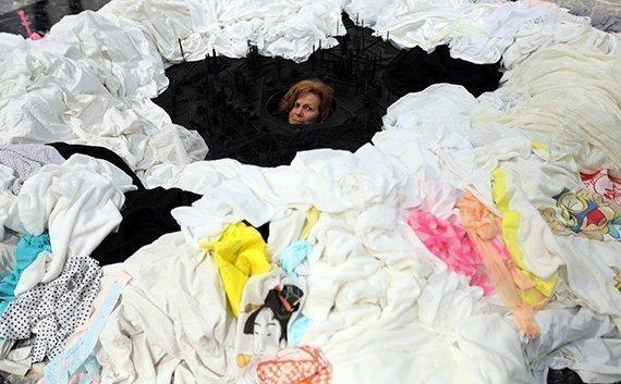 «Out of Disorder», instalación de Takahiro Iwasaki en la Bienal de Venecia