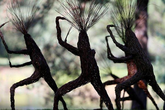 Instalación Willow Treelings de Woody Fox
